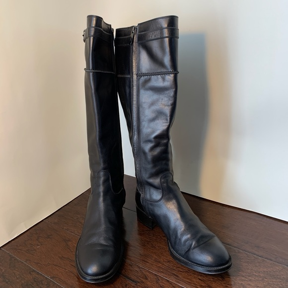 Authentic Tod's Women's Leather Boots